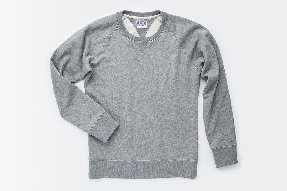 オーガニックコットン100%のループウィール スウェットシャツ 'Crewhand Classic'